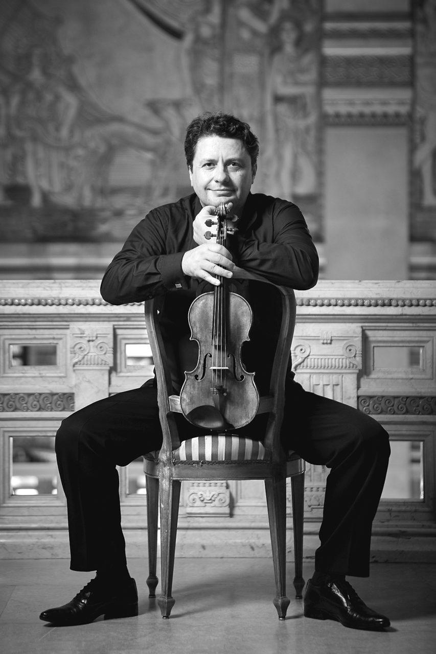 Maestro Klaidi Sahatçi, first concertmaster presso Tonhalle Orchester Zürich e docente presso il Conservatorio della Svizzera Italiana.